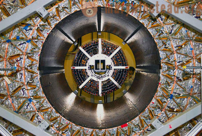 Fantastic machine that discovered the Higgs boson